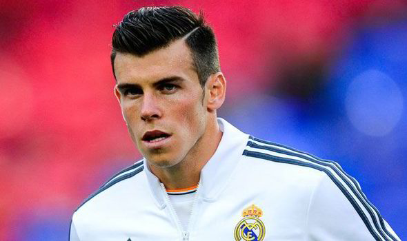The 28-year old son of father Frank Bale and mother Debbie Bale, 183 cm tall Gareth Bale in 2017 photo