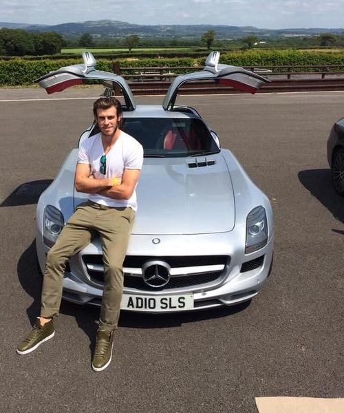 Gareth Bale Auto Vivendi 2015